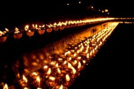 1156018_burning_candles